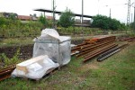 Zum Schluss noch etwas positives: Neue Weichen liegen in Einzelteilen zum Einbau bereit - die Bedienung erfolgt dann aber vom Zentralstellwerk Nürnberg Hbf