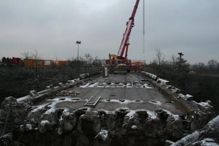 Gunzendorfer Brücke, 25.1.2014 - Die alte Brücke ist bereit zum Ausbau