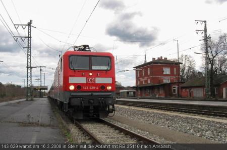 143 629 wartet am 16.3.2008 in Stein auf die Abfahrt mit RB 35110 nach Ansbach