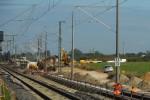 Eltersdorf 23.08.14: Ab hier schwenkst das künftige Gleis in Richtung Bamberg nach rechts in seine neue Endlage