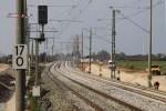 Eltersdorf 06.09.14: Hier verlassen die Gleise die bisherige Trasse