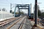 Bruck 19.04.15: Neue Brücke über A3 mit den Richtungsgleisen Nürnberg - Bamberg