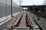 Erl. Gbf 03.04.15: Weiche 715 -  Blickrichtung Süden; die Weiche 714 im Gegengleis fehlt noch; dahinter unter der Brücke wird Weiche 801 eingebaut, der neue Abzweig  in den PA
