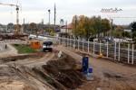 Baiersdorf 24.10.15: Blick von der Brücke ERH5 in Richtung Südwesten; deutlich erkennbar die Masten für die Lärmschutzwände