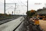 Bubenreuth 24.10.15: Bubenreuther Weg, Blickrichtung Norden: rechts das bisherige Gleis, links die neue Trasse