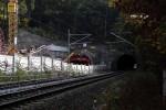 Burgbergtunnel 23.10.15: Nordportal mit teilweise eingefahrenem Schalwagen