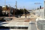 Bruck 31.10.15: Südliches Bahnsteigende mit Fußgängerunteführung und Bachgraben (Bildmitte)