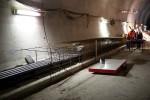 Burgbergtunnel 07.12.15: Armierung für den Randweg mit integrierten Kabelrohren