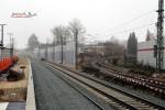 Bruck 05.12.15: Blick vom Bahnsteig in Richtung Süden; rechts das Gleis nach Frauenaurach