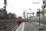 Paul-Gossen-Straße 06.12.15: Der erste Zug fährt ein ...