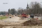 Erlangen 13.3.16: Bau von Kabelschächten und Entwässerung am fertigen Damm