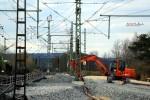 Baiersdorf 18.04.16: An der Fahrleitung, die kürzlich aufgehängt wurde, ist die Lage der BW02 zu erkennen