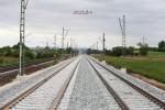 Baiersdorf 12.05.16: Montierte Ausleger für die Fahrleitung zwischen Baiersdorf und Bubenreuth