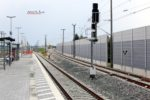 Eltersdorf 26.07.16: Blick vom Mittelbahnsteig in Richtung Süden: Die beiden Nord-Süd-Richtungsgleise