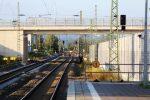 Baiersdorf 14.08.16: Die stillgelegten Gleise 501 und 502 mit den Ausfahrsignalen N501 und N502