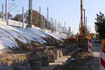 Erlangen 31.10.16: Bohrpfahlfundament für neue Stützwand entlang der Münchener Straße