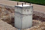 Schritt 5: Die Schalung wird entfernt, das Fundament für einen Flachmast ist fertig.