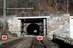 Burgbergtunnel 3.12.16: Erneuerte Brückenkappe Bayreuther Straße